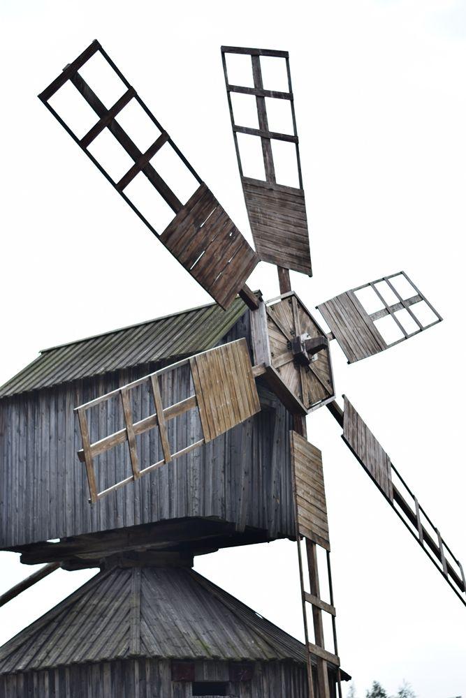 Tuulimyllyn kupeessa.
