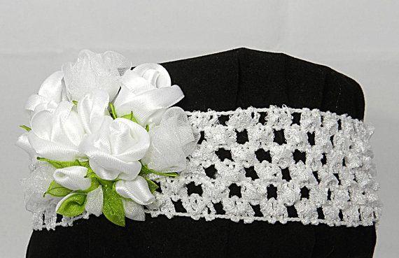 Tsumami Kanzashi flower headband with white roses by LazuritLouise