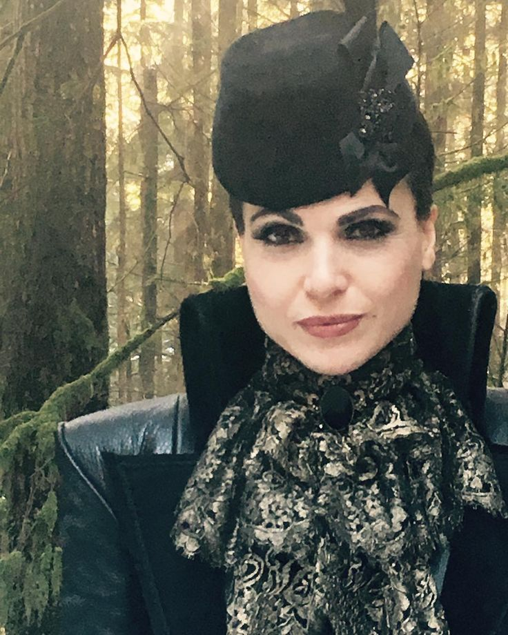 Lana Parrilla (@lparrilla) Instagram: «The Evil Queen from S6 episode 14. One of my favorite episodes to date. A story about #redemption…»