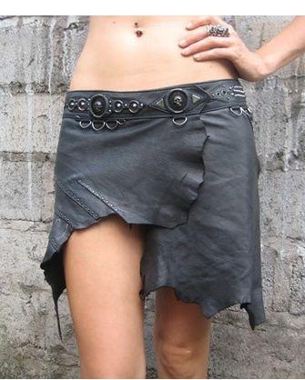 Gladiator: tattered leather skirt
