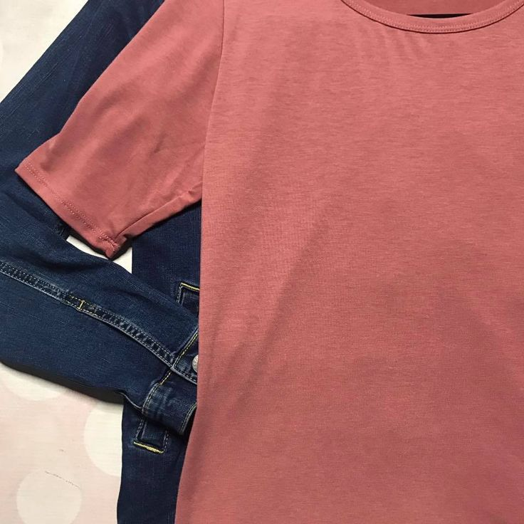 Solid peach colored Gigi Top by LulaRoe  Shop Now for Your Favorite LulaRoe Looks and Outfits with LulaRoe Over the Moon!  https://www.facebook.com/groups/OvertheMoonLLRMartine/  #lularoe #gigi #top