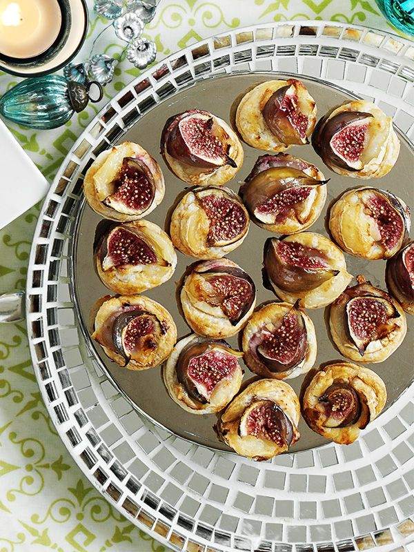 The easiest party finger food, ready in half an hour – ready made puff pastry topped with goat's cheese and pretty figs makes the perfect canapé.