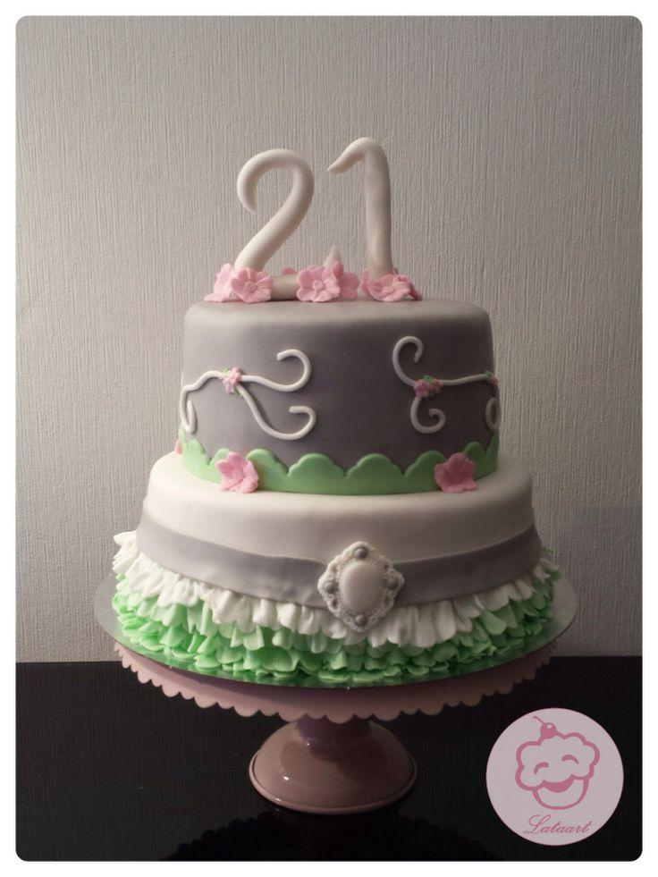 Taart 21ste verjaardag - Lataart