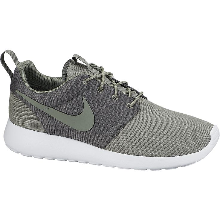 Nike Roshe Course Aimant Gris Et Une Literie Blanche