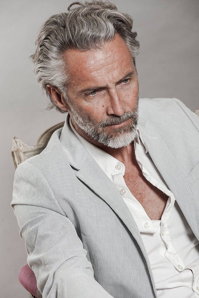 Pin By Josep Romero Garrigo On Beards Older Mens Hairstyles Grey Hair Men Long Hair Styles Men