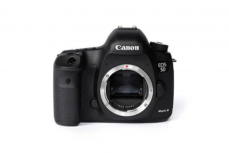 Canon EOS 5D Mark III Body: купить Зеркальные фотоаппараты Canon EOS 5D Mark III Body по выгодной цене. Продажа Зеркальных фотоаппаратов с гарантией и доставкой,подробное описание и фото в интернет магазине Digital.ru (Челябинск)