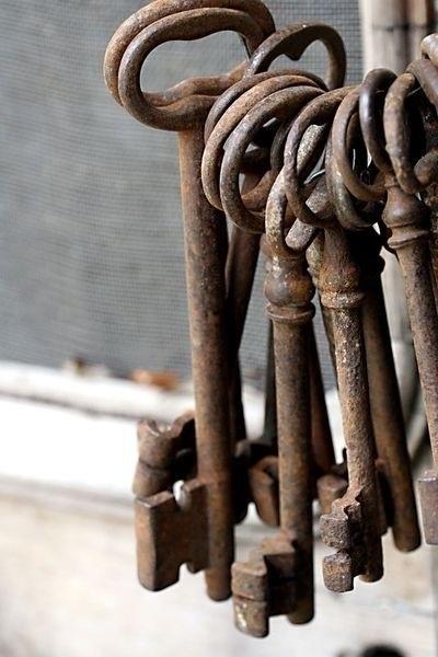 Antique Keys that look like just like mine