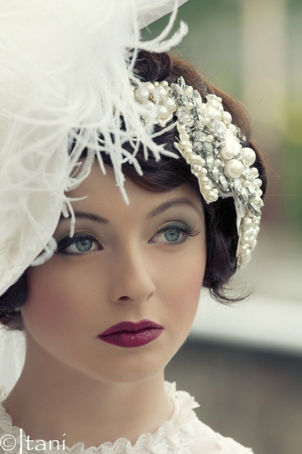 vintage 1920's inspired makeup/hair