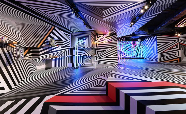 German artist Tobias Rehberger enlivened Hong Kong's art scene with the launch of his latest installation space, 'If you want the rainbow, you gotta put up with the rain', in celebration of his handbag collaboration with German accessories brand MCM....