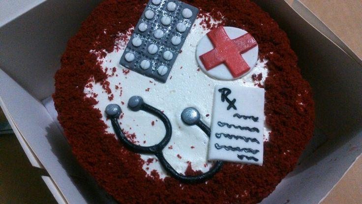 Doctor Theme Cake #red #velvet #cake #buttercream #frosting #nurse #doctor #medical #ZuckerAmor