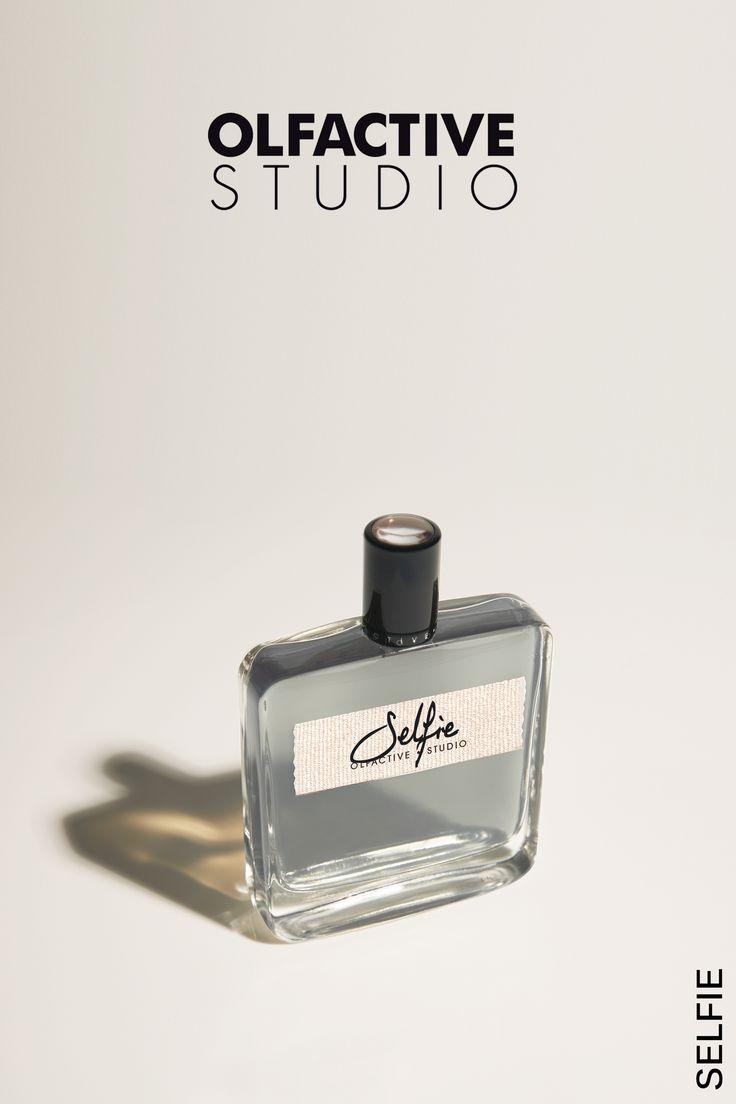 SELFIE  | Olfactive Studio  - To zmienne, bogate perfumy, uzależniające i pełne pasji. Nie pragną być perfekcyjne, ale zauważalne. Odważne, oportunistyczne, podstępne i jedyne w swoim rodzaju.