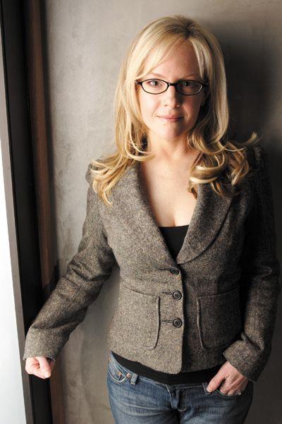 I like her look - Rachael Harris