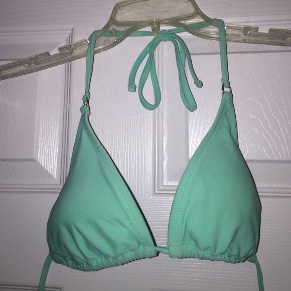 Mint bikini top Like new! Mint bikini top with light padding. Top only. Will fit up to B/C cup. Forever 21 Swim Bikinis