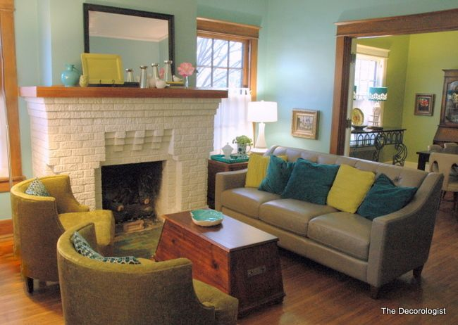 Swap Rooms Keep The Colors Covington Blue In Dining Room Kitchen And Dill Pickle Living