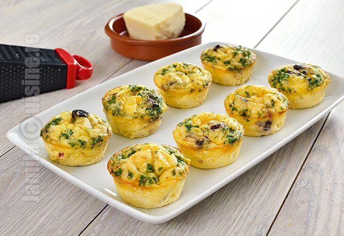 Aceste mini omlete cu pui si legume sunt excelente pentru micul dejun sau chiar…