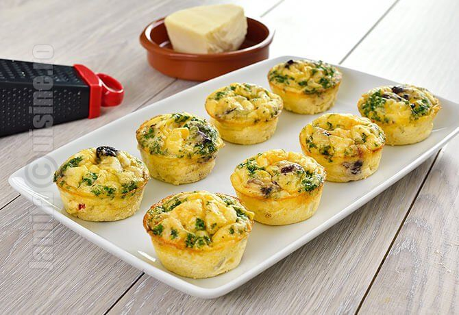 Mini omlete cu pui si legume – reteta video