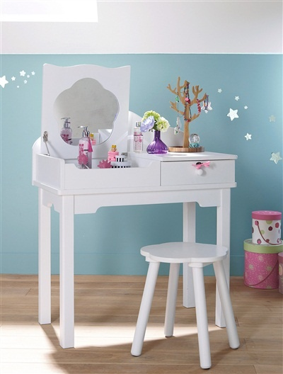 very cute wee girl's dressing table from vertbaudet