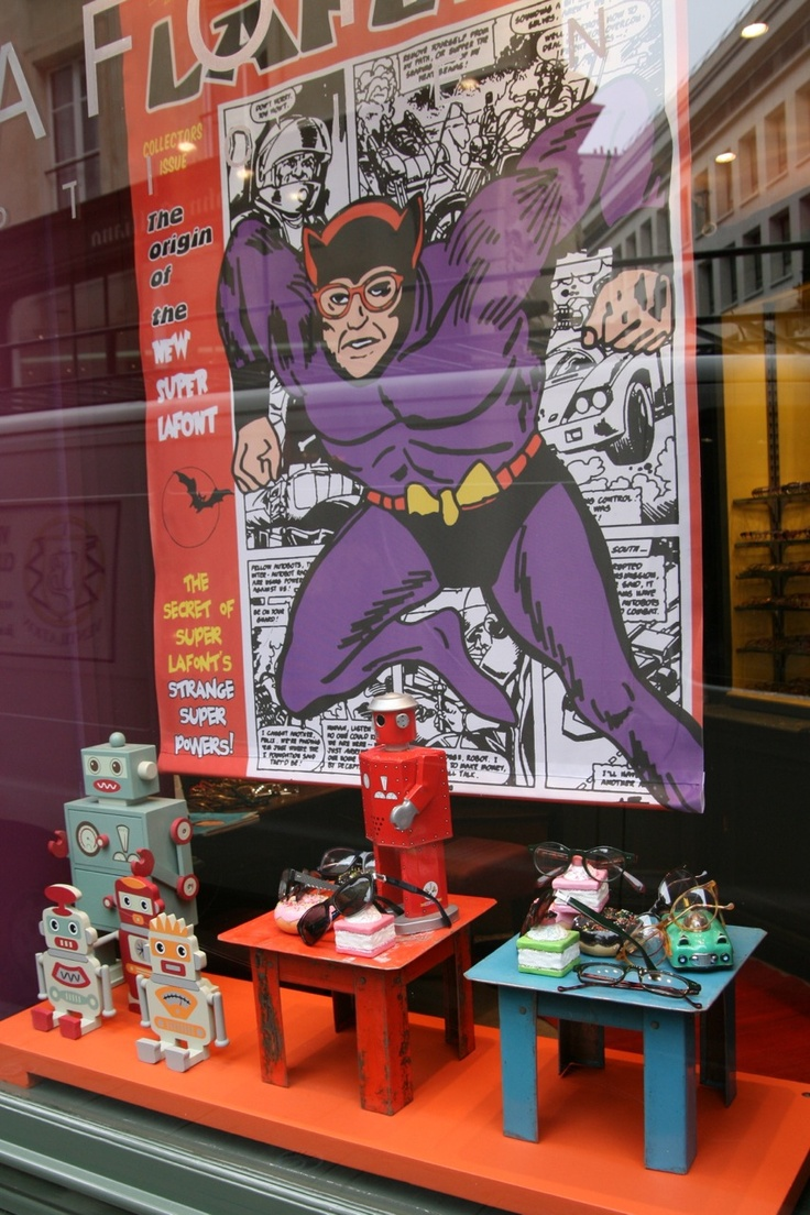 This could also be a Great July Comic- Con window display (July in San Diego) The November 2013 window display, super-heros inspired...