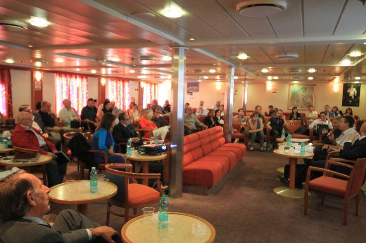 inaugurazione Stagione 2014 GoinSardinia - la Compagnia di navigazione da e per la Sardegna creata dai sardi (veduta zona bar)
