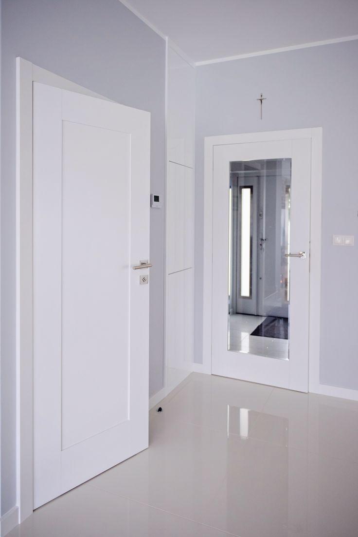 Drzwi wewnętrzne Lagrus z szybą przeźroczystą fazowaną - sprzedaż i montaż PSR Drzwi i Podłogi