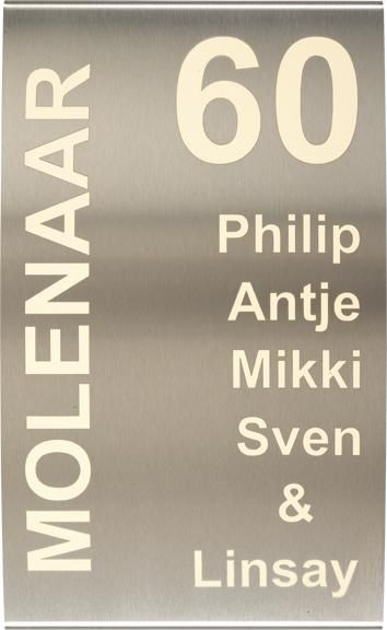 RVS Naamplaat gebogen (groot) art nr. 1009   RVS   naam-bordjes.nl - naambordjes