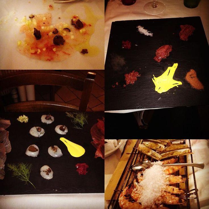Stasera ci siamo tratti male !!!!! #wish#pesce#buono#spettacolo#beatiful#good#pescado#crudità#arte#chic#cucina#rimini# by michisic10