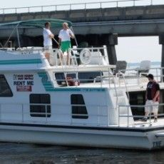 Dock Holiday Boat Rentals: St. Johns River houseboat rentals, house boat rentals St Johns River, St. Johns River houseboats, houseboat rentals Jacksonville FL, Dock Holiday Boat Rentals