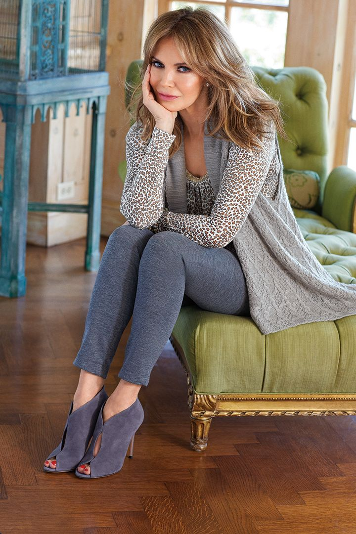 love the awesome hair - even at a mature age, we can pull this off. Jaclyn Smith is so beautiful