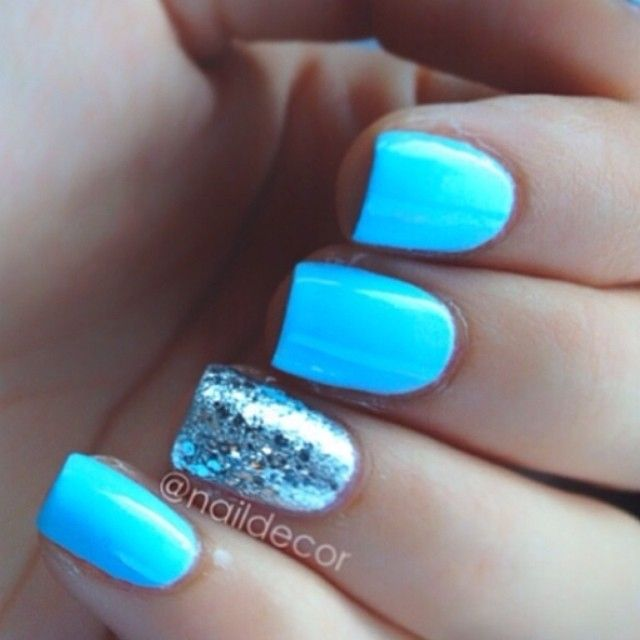 Neon Nails | The Crafty Ninja |Neon Blue Nails