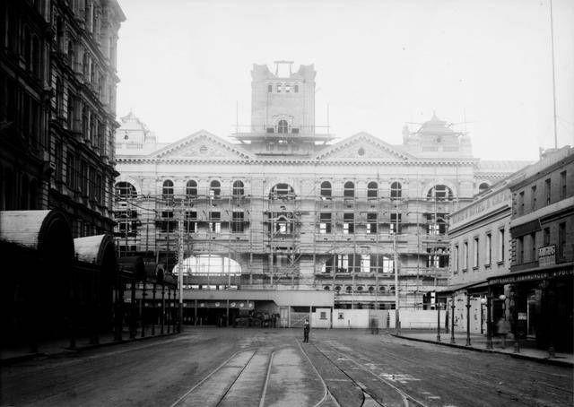 Flinders Street Station during construction from Elizabeth St.