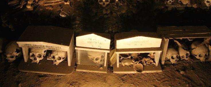 Cmentarz Fontanelle w Neapolu
