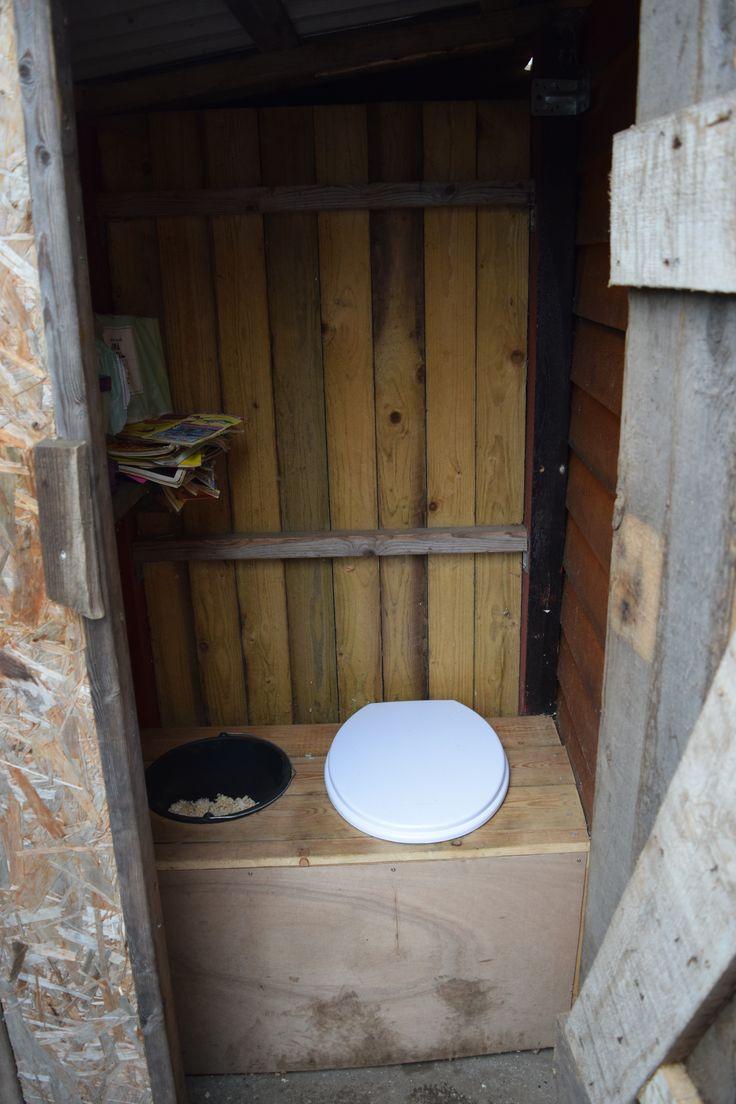Toilettes à Litière Biomaîtrisée En Extérieur