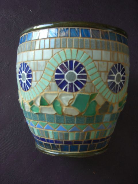 55 Best Mosaic Flower Pots Images On Pinterest Mosaic Art Mosaic Projects And Mosaic Crafts