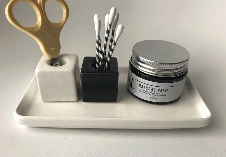 【セリア】モノトーンな歯ブラシスタンドがシンプルでステキ♪|LIMIA (リミア)