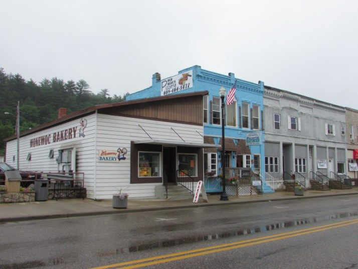 Wonewoc Bakery and Old Blues Pizzeria