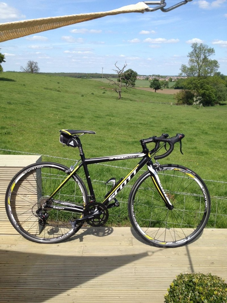 My lovely Scott speedster 60 Entry- level road bike