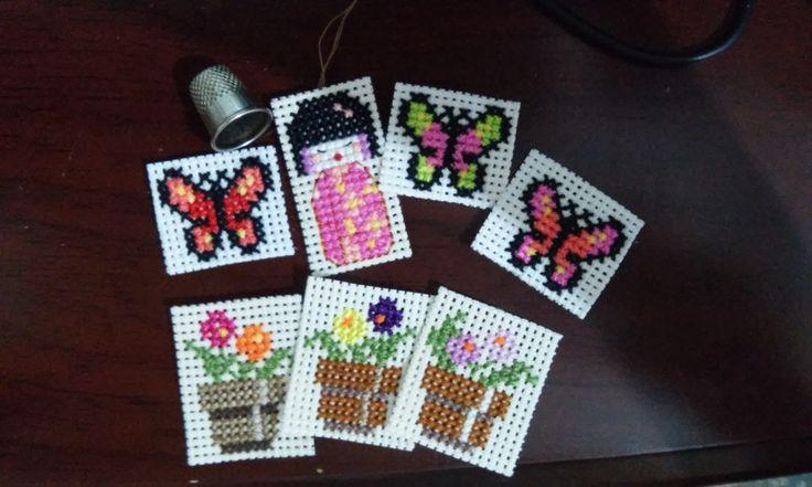 madame geisha entre flores y mariposas