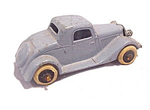 1930s Tootsietoy Ford Sedan Coupe In Blue