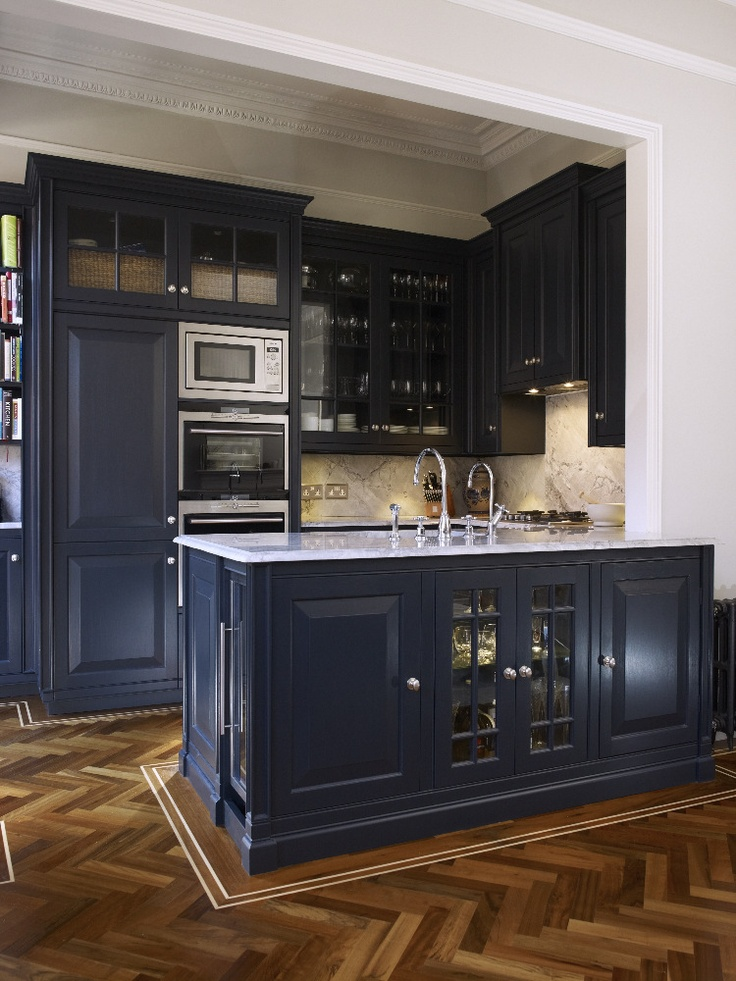 Classic And Moody Kitchen In 2019 Navy Kitchen