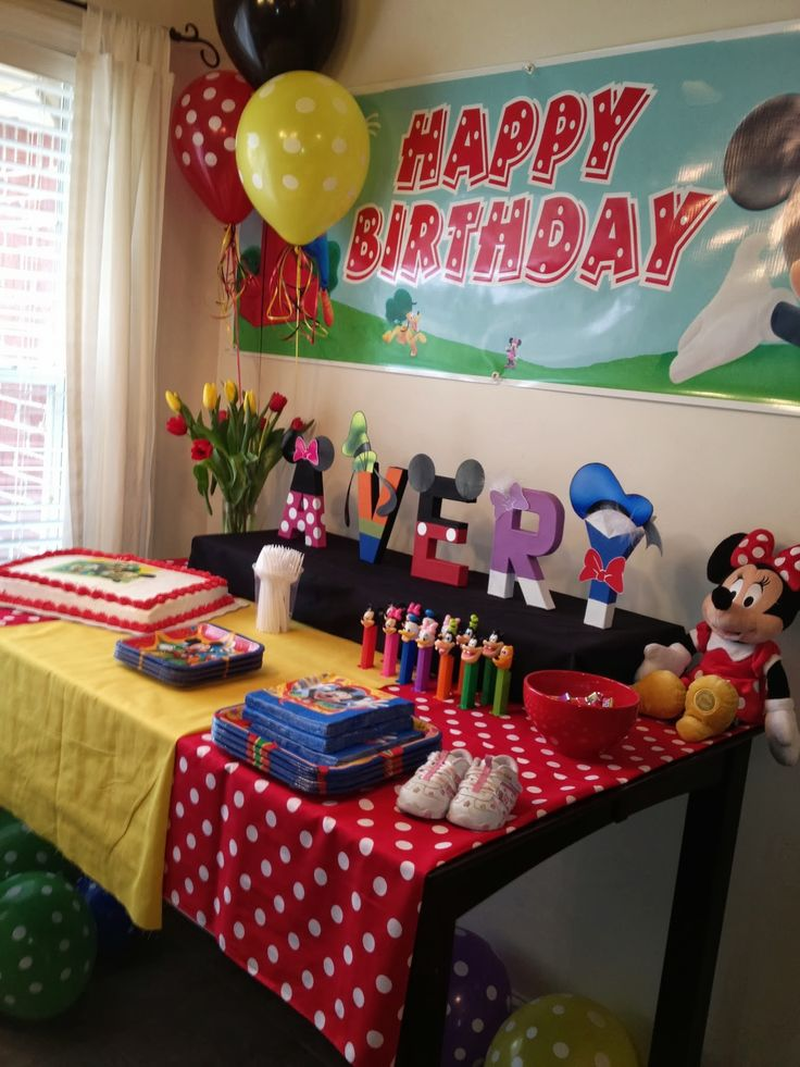 25 best ideas about mickey mouse club on pinterest - Mickey mouse clubhouse bedroom decor ...