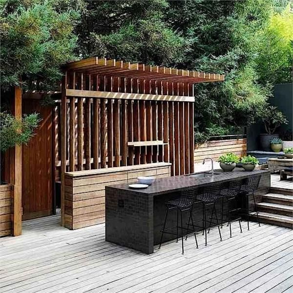 Go Alfresco: 8 Outdoor Kitchen & Dining Areas