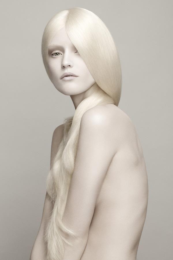Beautiful Naked girl A albino