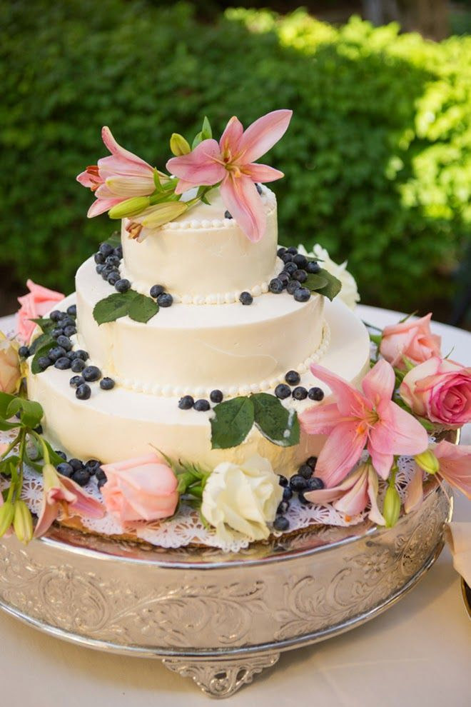Sweet and Elegant Outdoor Wedding, simple butter cream wedding cake with flowers & blueberries.