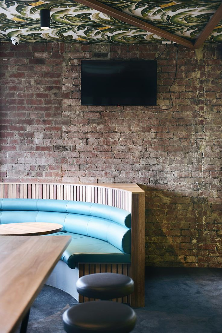 The Terminus Hotel — Abbotsford, Melbourne, circular booth seating