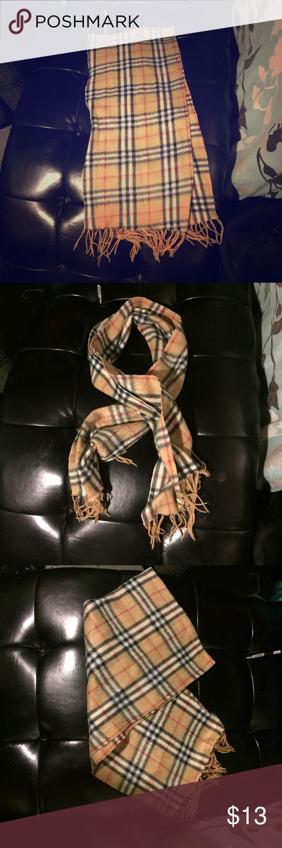 Burberry style fleece scarf. This fleece scarf has the Burberry print. Extra soft ! Accessories Scarves & Wraps