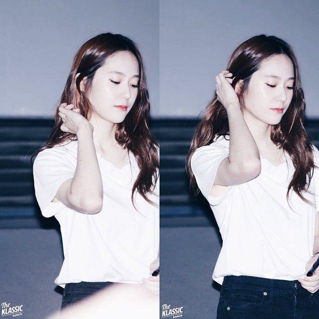""": [HQ] """"150824 // SMTOWN The Stage Greeting cr: the klassik"""" ㅂ ㅏ ㄹ ㅅ ㅋ {#krystal #soojung #jungsoojung #jsj #stal #크리스탈 #수정 #정수정 #에프엑스 #fx #vocal #model #pretty #beautiful #kpop #idol #goals}"""