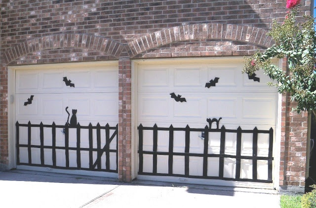 Halloween Decor For The Garage Door HALLOWEEN