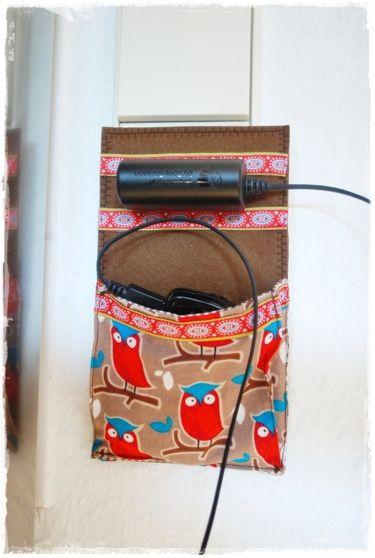 die besten 17 ideen zu handy ladestation auf pinterest handyhalterung handyhalter und. Black Bedroom Furniture Sets. Home Design Ideas