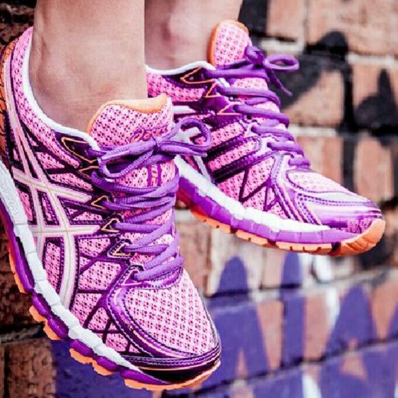 ASICS Gel-Kayano 20 *Rolls Royce of Runners* **Sz 9.5 Women's, BUT FIT A LITTLE BIG, SO MARKED A 10** A small hole in heel area of inside of right shoe...doesn't effect fit, and not visible when on, in my opinion. Pink/white-purple-orange combo). RETAIL of $249.95 on Footlocker.com. Used, but tons of life left. Named after their Japanese designer, these are at the top of the ASICS running franchise. GEL cushioning, fluidfit, dynamic duo max support, guidance Trusstic system, FluidRide and a…