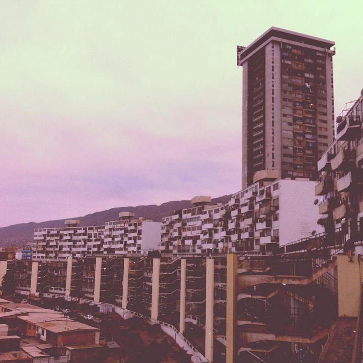 Torre Pérez Zujovic y complejo habitacional el Curvo